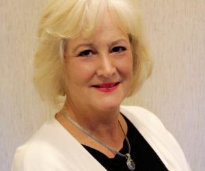 Lesley Geyer